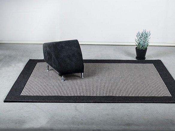 Topnotch Casablanca - Gråt tæppe med et minimalistisk udtryk. MF-73